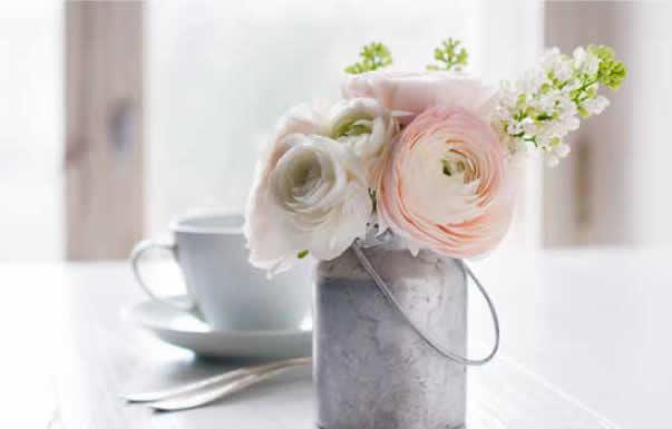 Wedding flowers on a budget
